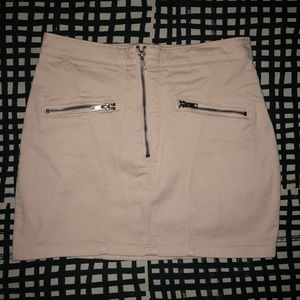 H&M mini pale pink mini skirt